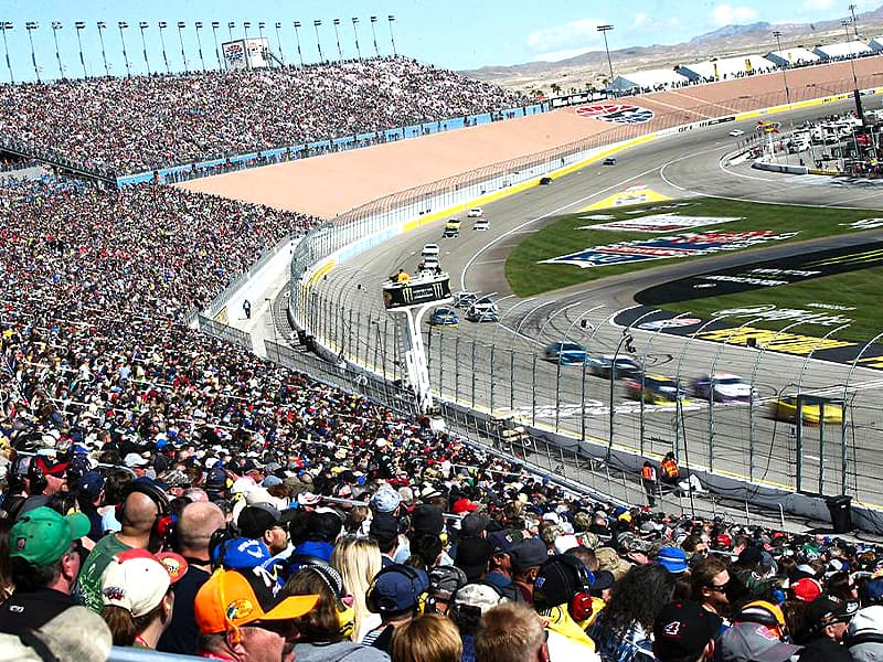 Las Vegas NASCAR weekend with fans